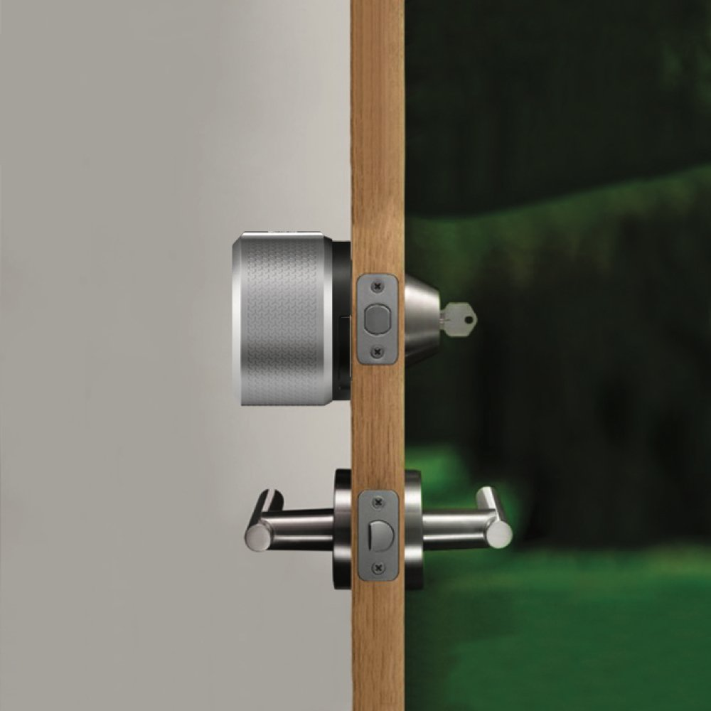 Smart Lock Pro integrated into existing deadbolt